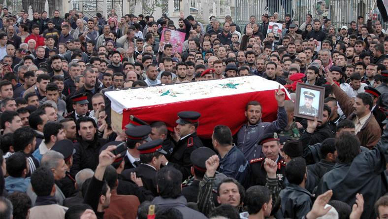 Nawet terroryści boją się zamieszek w Syrii. Uciekają z kraju