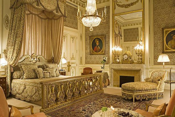 Apartament cesarski w paryskim hotelu Ritz, fot. Ritzparis - Fabrice Rambert (Ritz Paris) [CC BY-SA 3.0], Wikimedia Commons