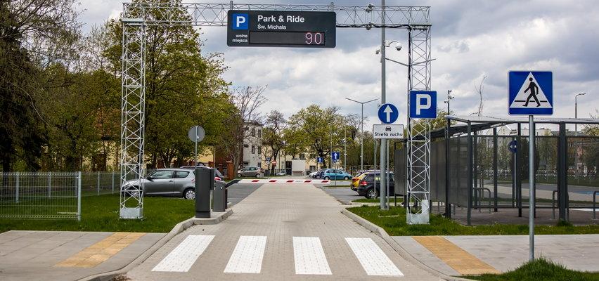 Nowe parkingi świecą pustkami