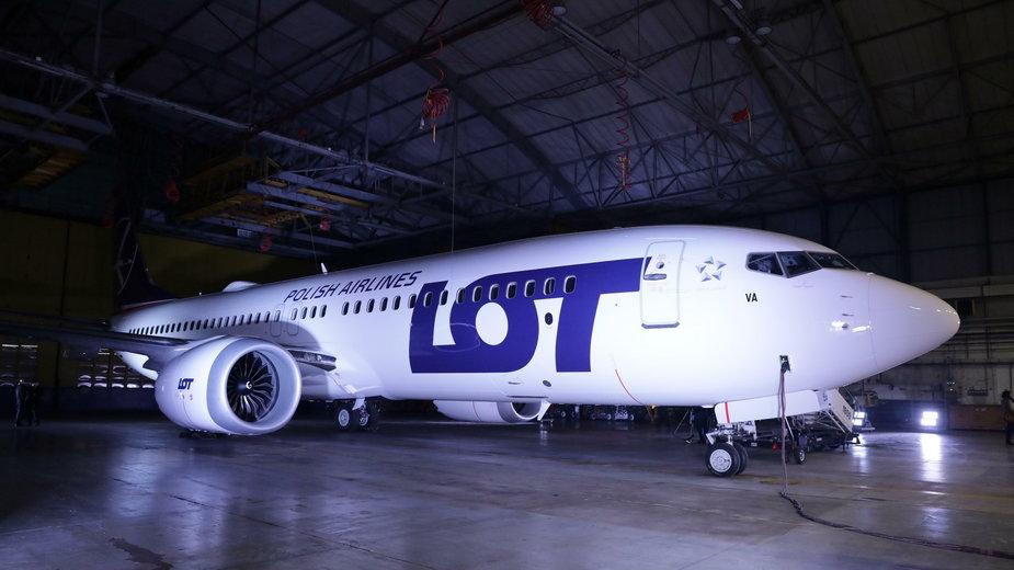 Boeing 737 MAX 8 zaprezentowano mediom na lotnisku Chopina, tuż po przylocie z fabryki Boeinga w Renton do Warszawy, 2.12.2017 r.