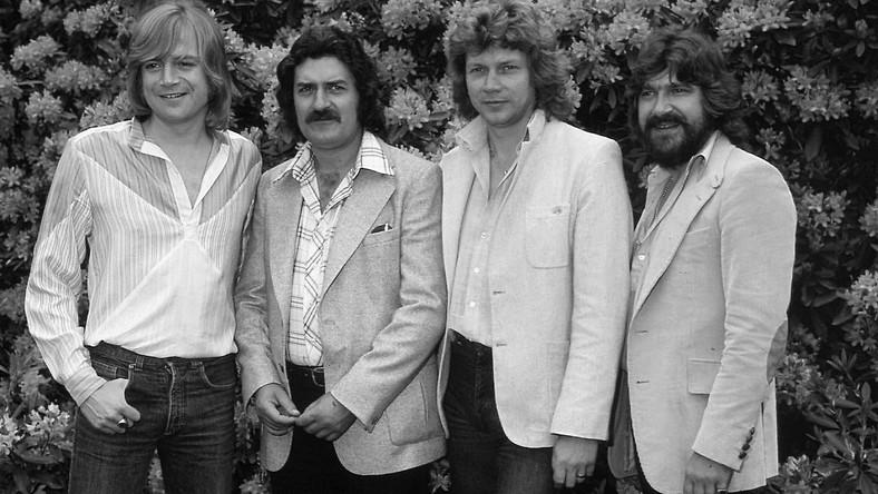 Ray Thomas (drugi z lewej) nie żyje