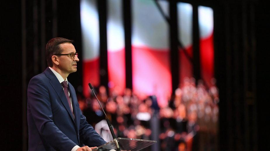Premier Mateusz Morawiecki podczas uroczystego otwarcia Parku Pamięci Narodowej