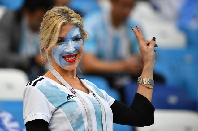Lepa argentinska navijačica