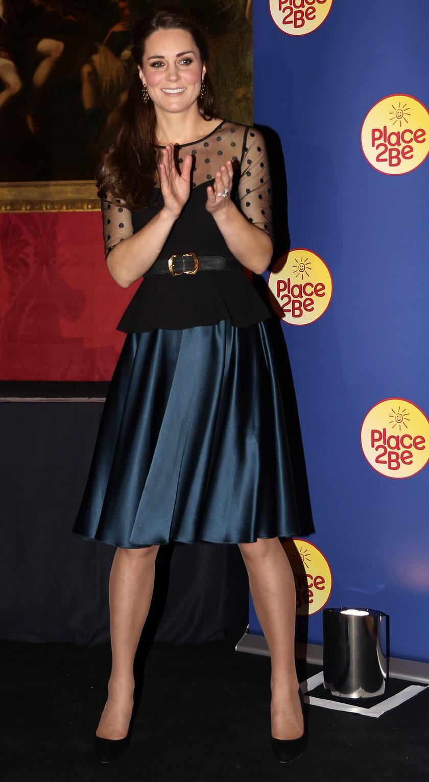 Księżna Kate w czarnej koronce