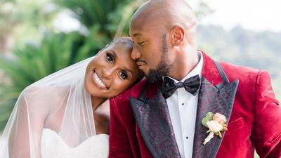 'Insecure' star Issa Rae ties the knot in private wedding ceremony