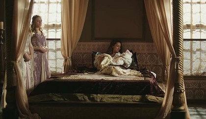 """""""Wspaniałe stulecie"""". Akile rodzi bliźnięta. Osman o mordowaniu braci"""