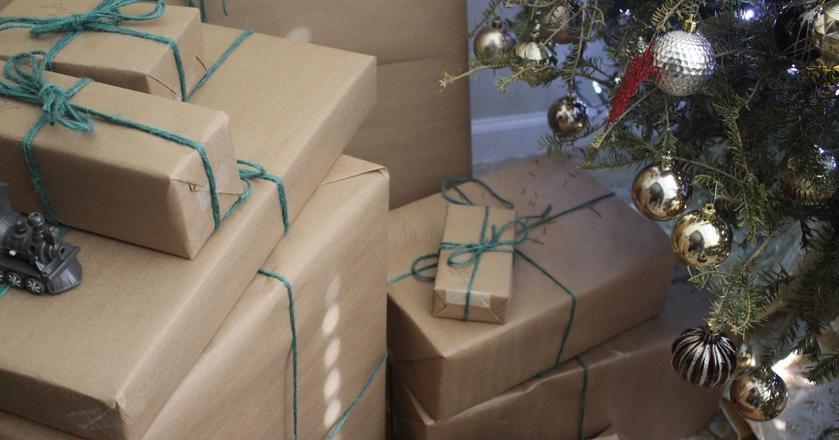 Wadliwy prezent można zareklamować. Nietrafiony podarunek w niektórych przypadkach można oddać