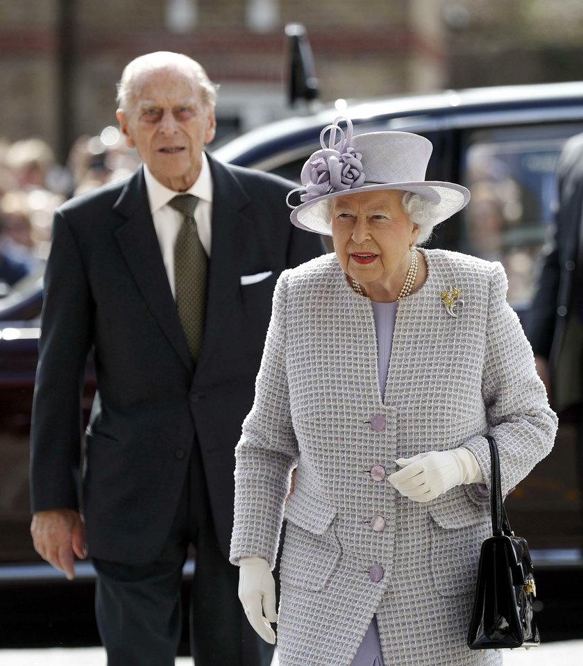 Para królewska już się zaszczepiła! Jak to możliwe, że tak szybko