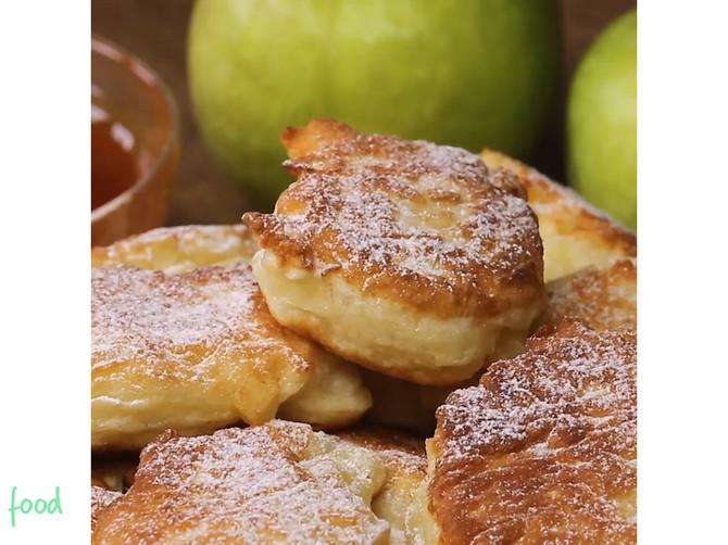 Uštipci od jabuka oduševiće vas ukusom i mirisom i podsetiti na detinjstvo! Nikad brža i sočnija poslastica