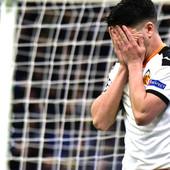 UEFA BEZ TRUNKE MILOSTI! Kaznila Atalantu i Valensiju zbog navijača koji su bili na meču kog svi znaju kao BIOLOŠKA BOMBA!