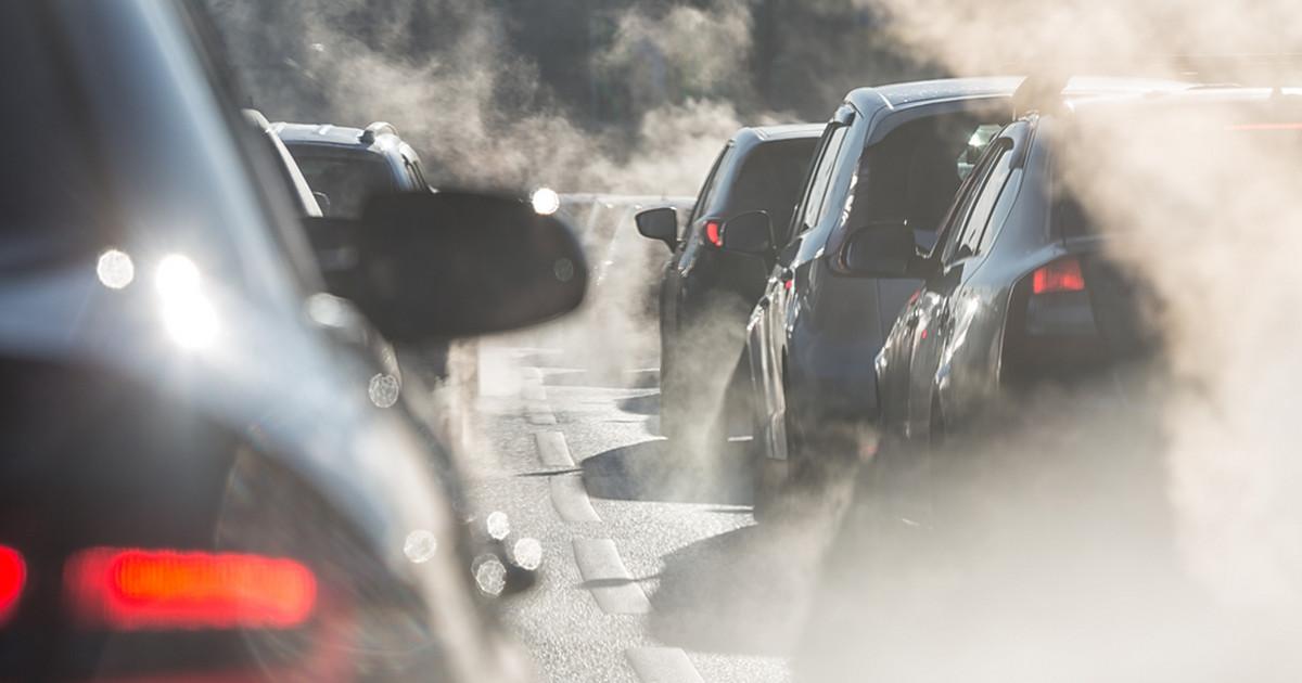 Dzień bez Samochodu. Darmowe przejazdy komunikacją miejską dla kierowców w wielu miastach w Polsce - Wiadomości - Onet