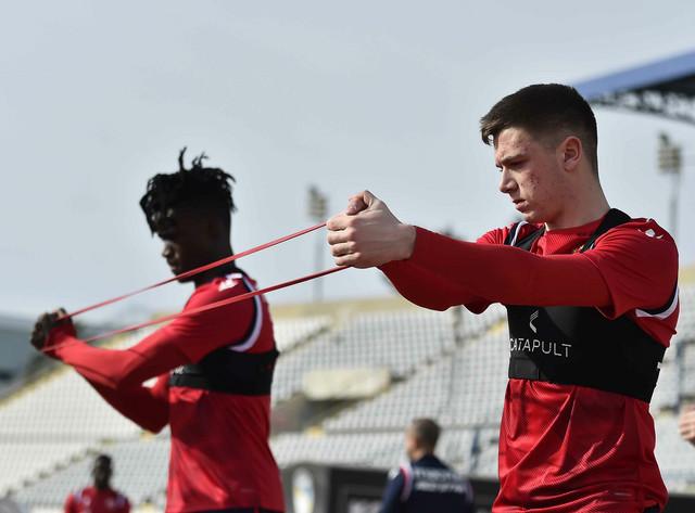 Nikola Stanković, mladi fudbaler Crvene zvezde, na trneingu šampiona Srbije