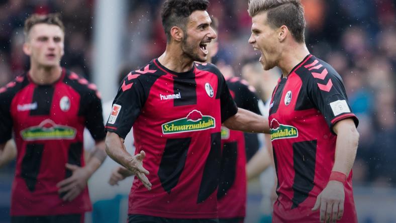 Freiburg jedną nogą w fazie grupowej Ligi Europy