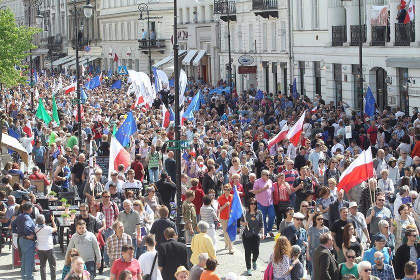 W Warszawie dojdzie do rozlewu krwi? KOD kontra narodowcy