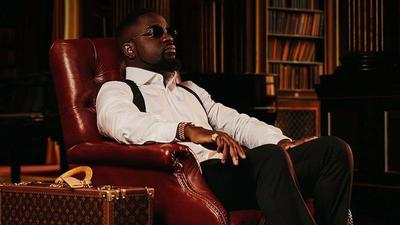 """QUIZ: Your activities of the week will determine your favourite song on Sarkodie's """"No Pressure"""" album"""
