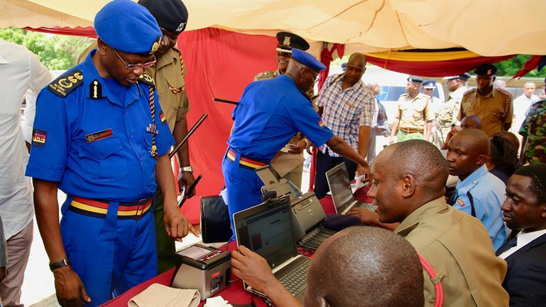 Kenya orders all police officers to undergo a 6-month compulsory ICT training  in a bid to bust smart criminals