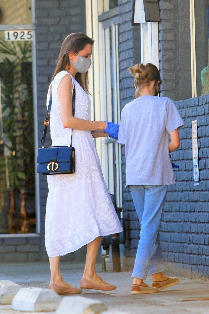 Anđelina Žoli i ćerka Vivije pre nekoliko dana na Beverli Hilsu