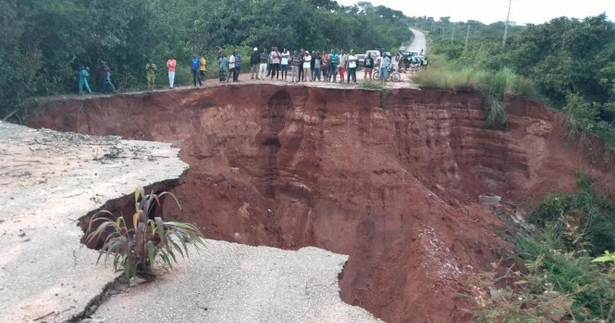 Abia residents cry louder as gully erosion bites harder - Pulse Nigeria
