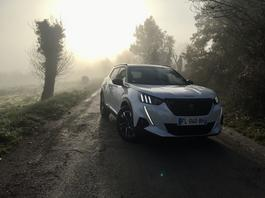 Nowy Peugeot 2008 – czy będzie hitem wśród małych SUV-ów?