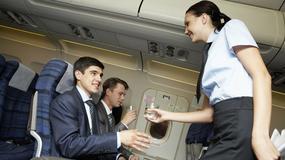 Powiedział stewardesie, że wygląda seksownie. Szybko wyproszono go z samolotu