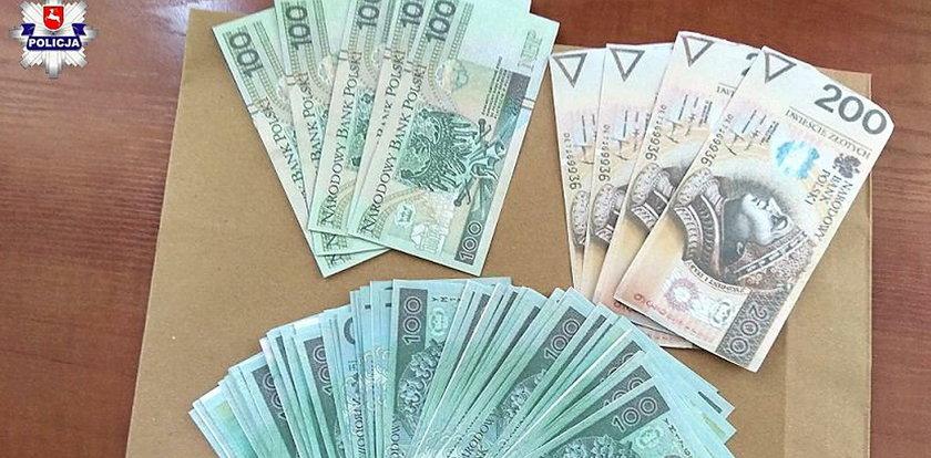 Regularnie okradał krewną. Zabierał jej pieniądze, a w zamian...