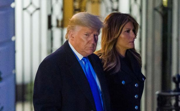 Prezydent USA Donald Trump wprowadzi stan wyjątkowy ze względu na epidemię koronawirusa, co pozwoli na uruchomienie większych funduszy federalnych na walkę z Covid-19 - podała w piątek agencja Bloomberga, powołując się na źródła.