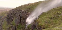 """Wiatr """"odwrócił"""" wodospad. Mamy niesamowite nagranie"""