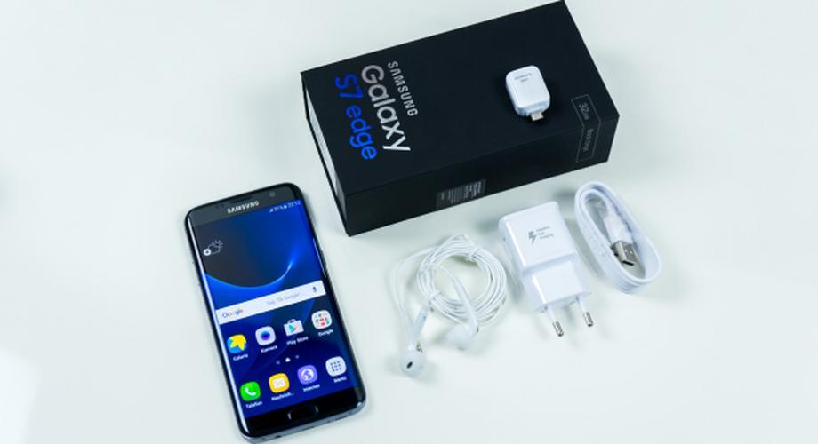 Unboxing: Samsung Galaxy S7 edge