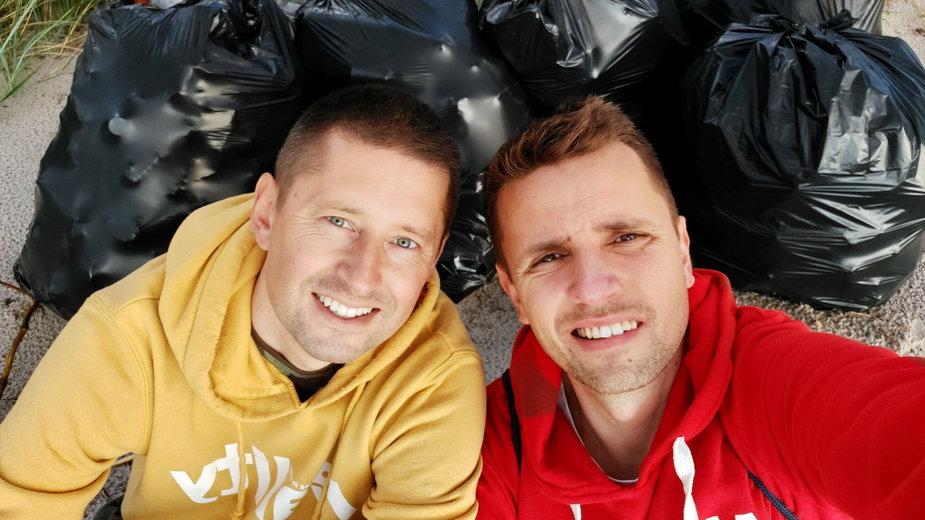 Jakub i Dawid zebrali ponad 900 kg śmieci