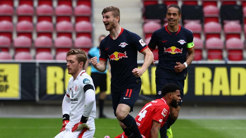 Timo Werner cieszy się po jednej z bramek