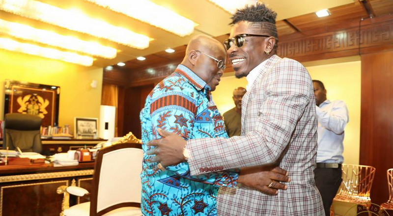 Tip us to take COVID-19 vaccines publicly to boost awareness - Shatta Wale tells gov't