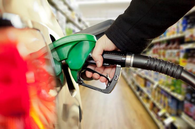 market-benzin