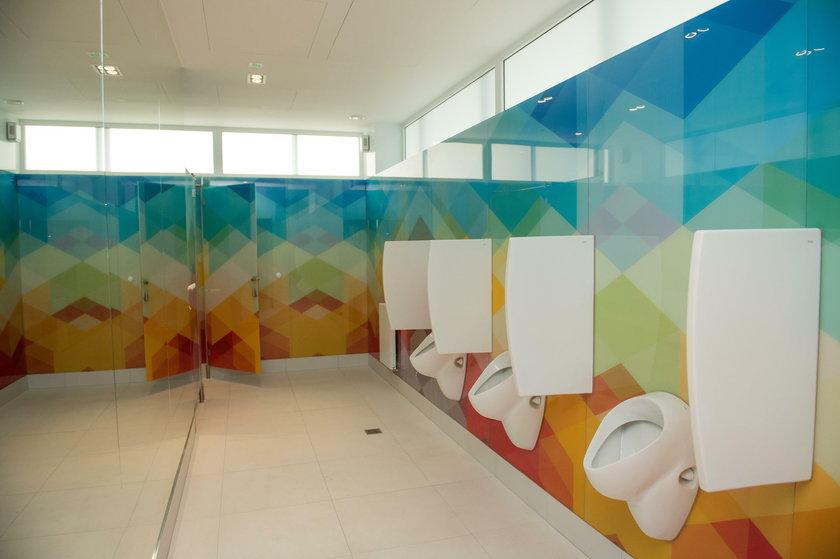 Katowice. Przetarg na zadaszenie toalety i restauracji na rynku