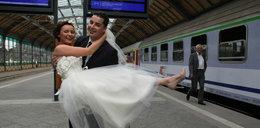 Nasza miłość rozkwitała w pociągach!