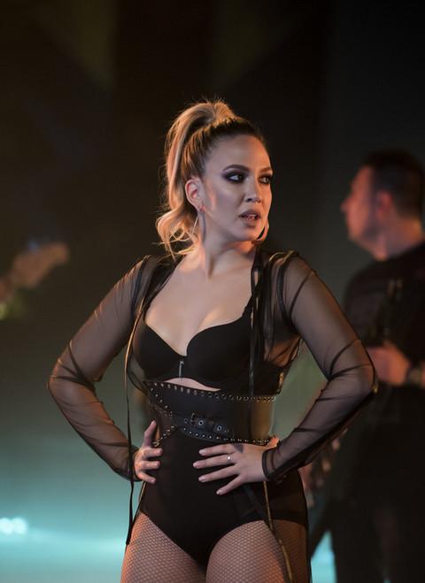 Jezivo: Tokom nastupa je prava bomba, a evo kako Milica Todorović izgleda posle nastupa!