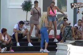 Zadrugarima puštena pesma koju izvodi Kija Kockar, a Luna Đogani reagovala KAKO NIKO NIJE OČEKIVAO (VIDEO)