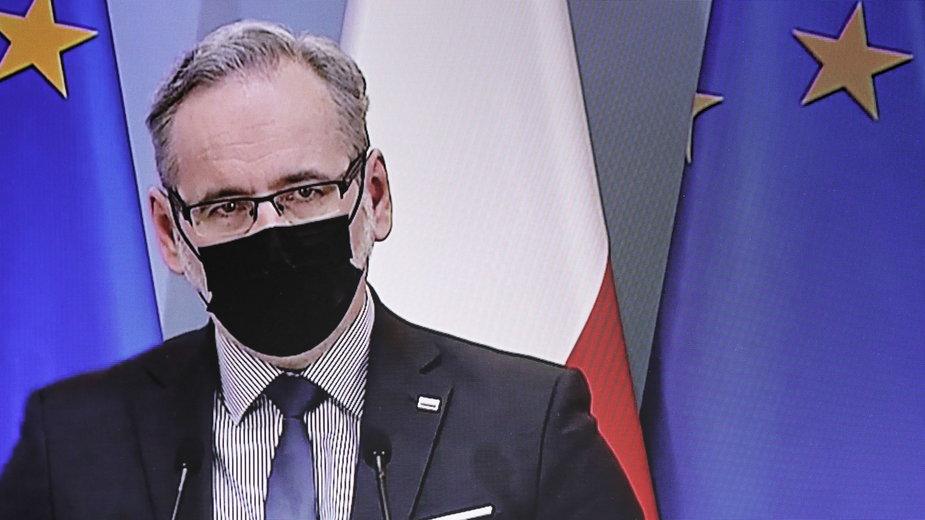 Koronawirus. Minister zdrowia Adam Niedzielski dziękuje prywatnej służbie zdrowia