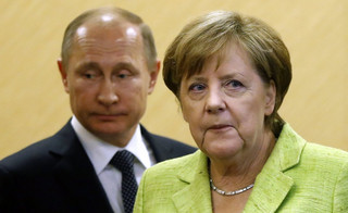 Prasa o wizycie Merkel w Soczi: 'Putin pozostał Putinem'