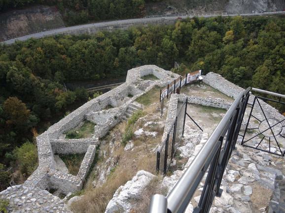 Obnovljena tvrđava trebalo bi da bude jedan od turističkih aduta Užica, smatraju u ovom gradu