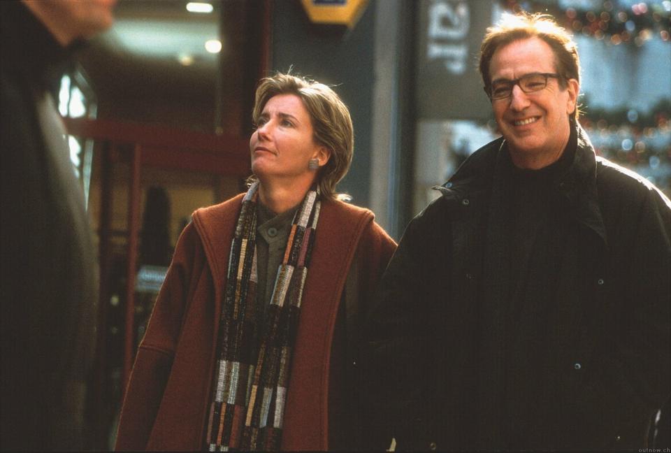 """Emma Thompson i Alan Rickman w filmie """"To właśnie miłość"""""""