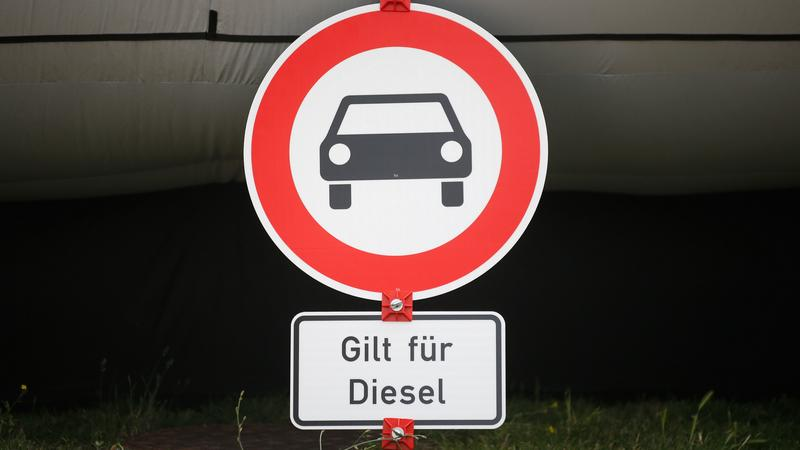 GERMANY-AUTOMOBILE-DIESEL-POLITICS-DEMONSTRATION