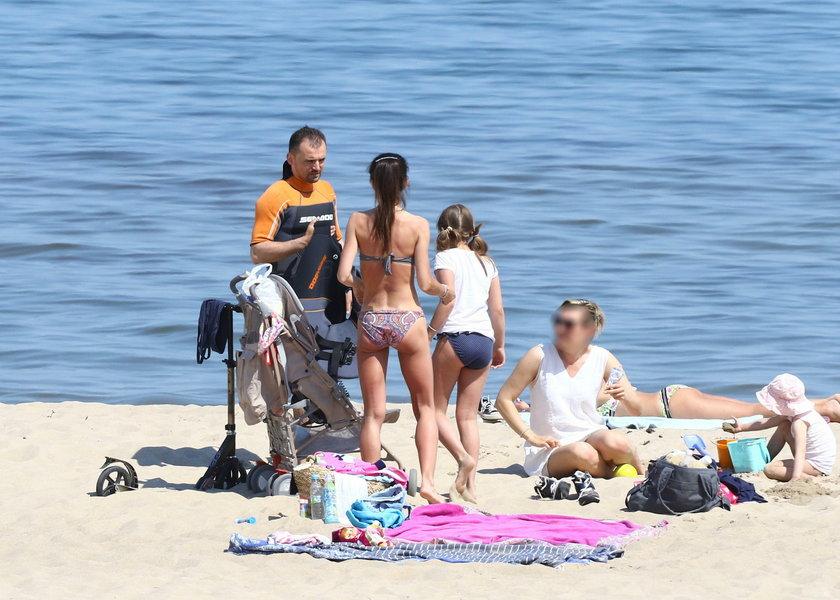 Marta Kaczyńska z byłym mężem na plaży
