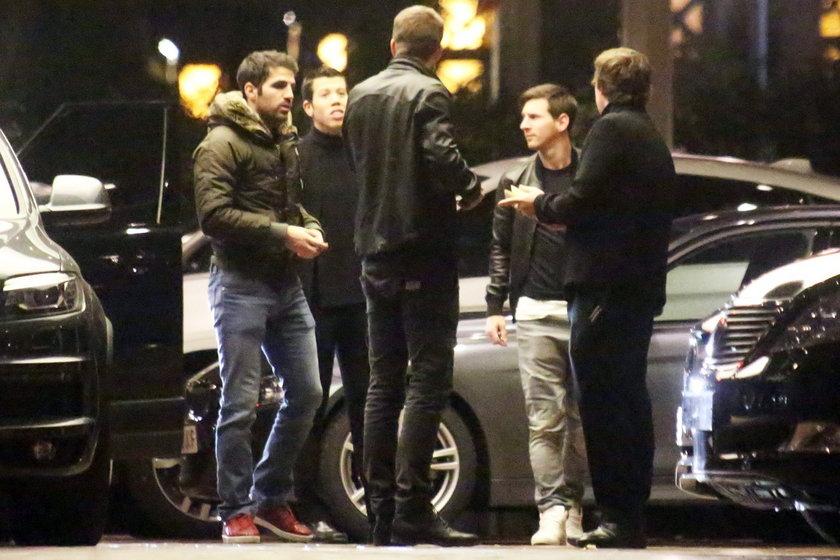 Messi z kumplami zabawił się w kasynie! Afera przed ważnym meczem!
