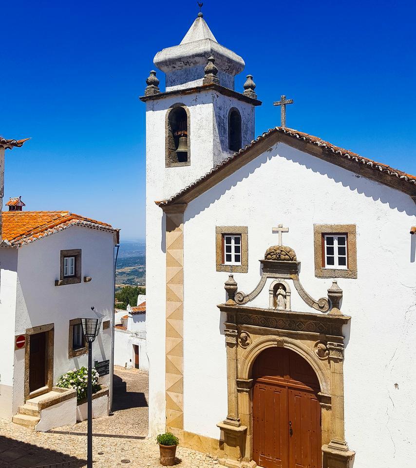 Marvao - kolejna piękna miejscowość na wzgórzu założona przez Rzymian z twierdzą.