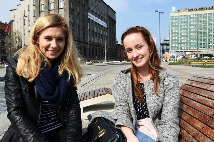 Angelika Burzawa (22 l.) i Justyna Dworink (20 l.) - toaleta to dobry pomysł