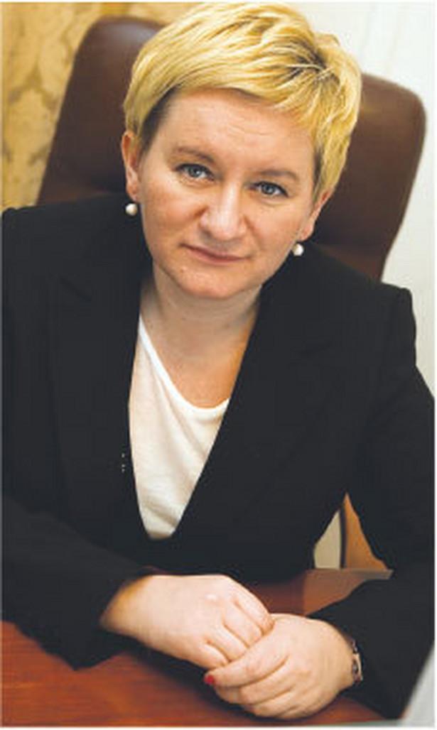 Beata Cholewka, dyrektor Departamentu Pielęgniarek i Położnych Ministerstwa Zdrowia, magister pielęgniarstwa, związana z sektorem ochrony zdrowia przez 22 lata pracy zawodowej Fot. Wojciech Górski