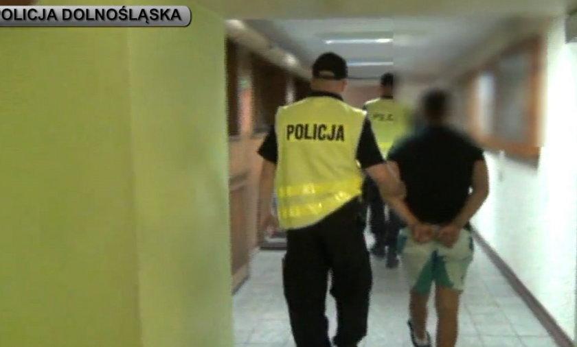 Podejrzewany o uprowadzenie kobiety i dziecka w policyjnych rękach