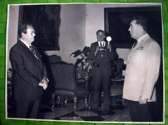 Miroslav - Mija Mladenović bio je zadužen i za fotografisanje predsednika Tita