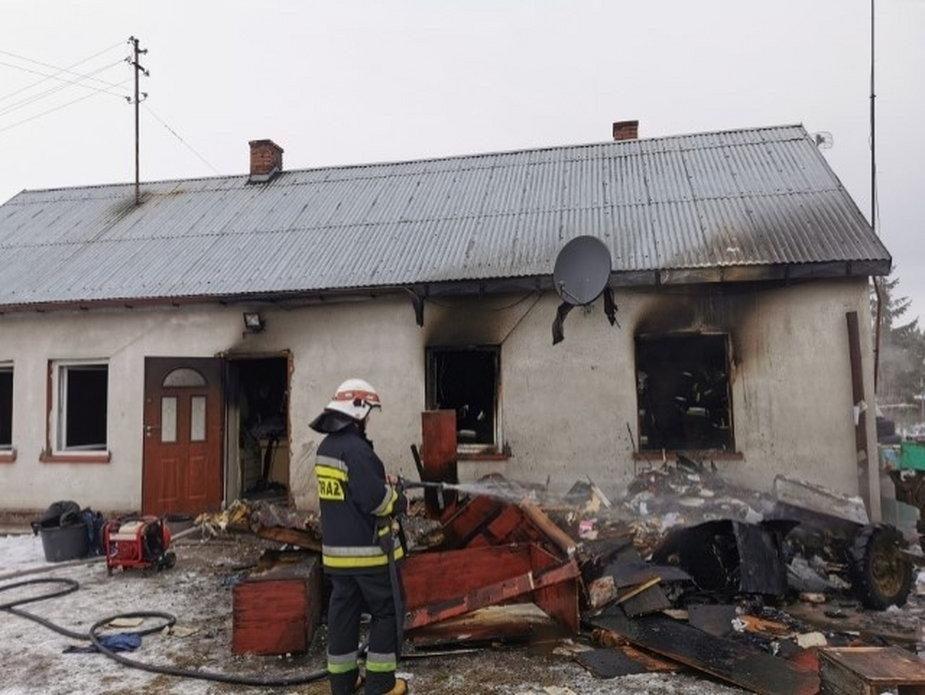 Pożar domu w Skrzynnie w pow. wieluńskim
