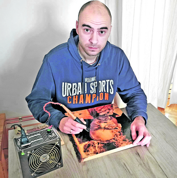 Ivan Đurić je fizioterapeut, ali umetnički dar je očigledno jači